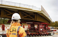 HS2 completes construction milestone as 914 tonne modular bridge is moved into place in 45 minutes.