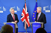 Lead UK negotiator David Davis pictured in Brussels with his EU counterpart, Michel Barnier.